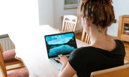 Consumi in aumento tra smart working ed e-learning: come ridurre gli sprechi e risparmiare