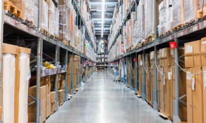 Trasporto merci: tutti i vantaggi del carrello saliscale